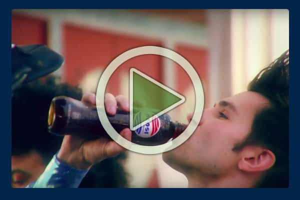 For you Back to the Future movie buffs, this online Pepsi commercial pays tribute to the film as the actors fly around in a vintage Ford Mustang while drinking Pepsi Perfect cola served up by a friendly robot.