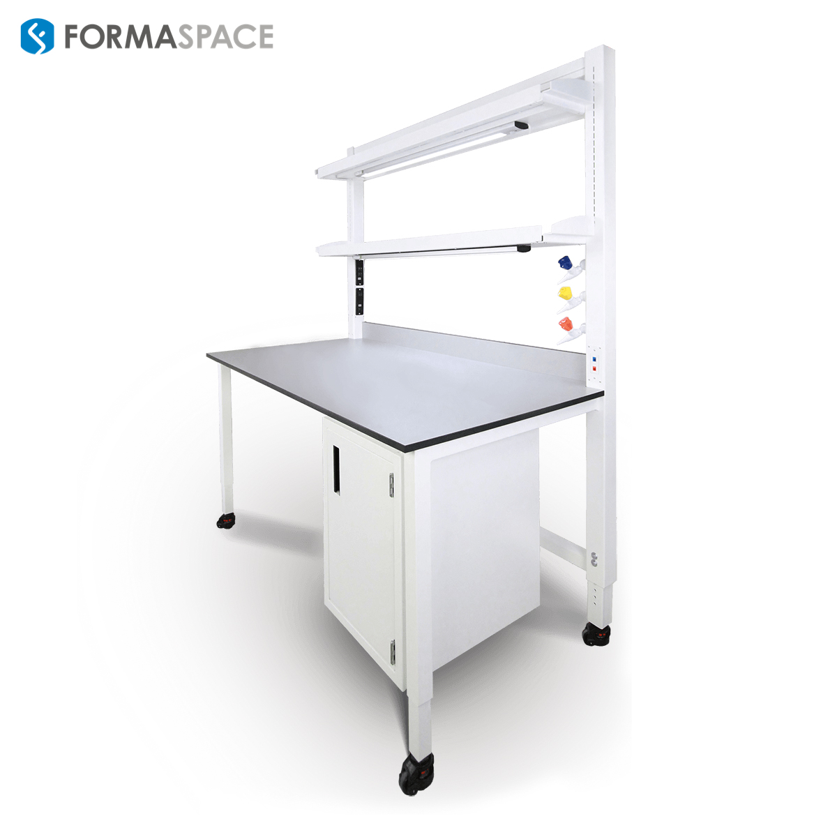 lab bench with integrated services