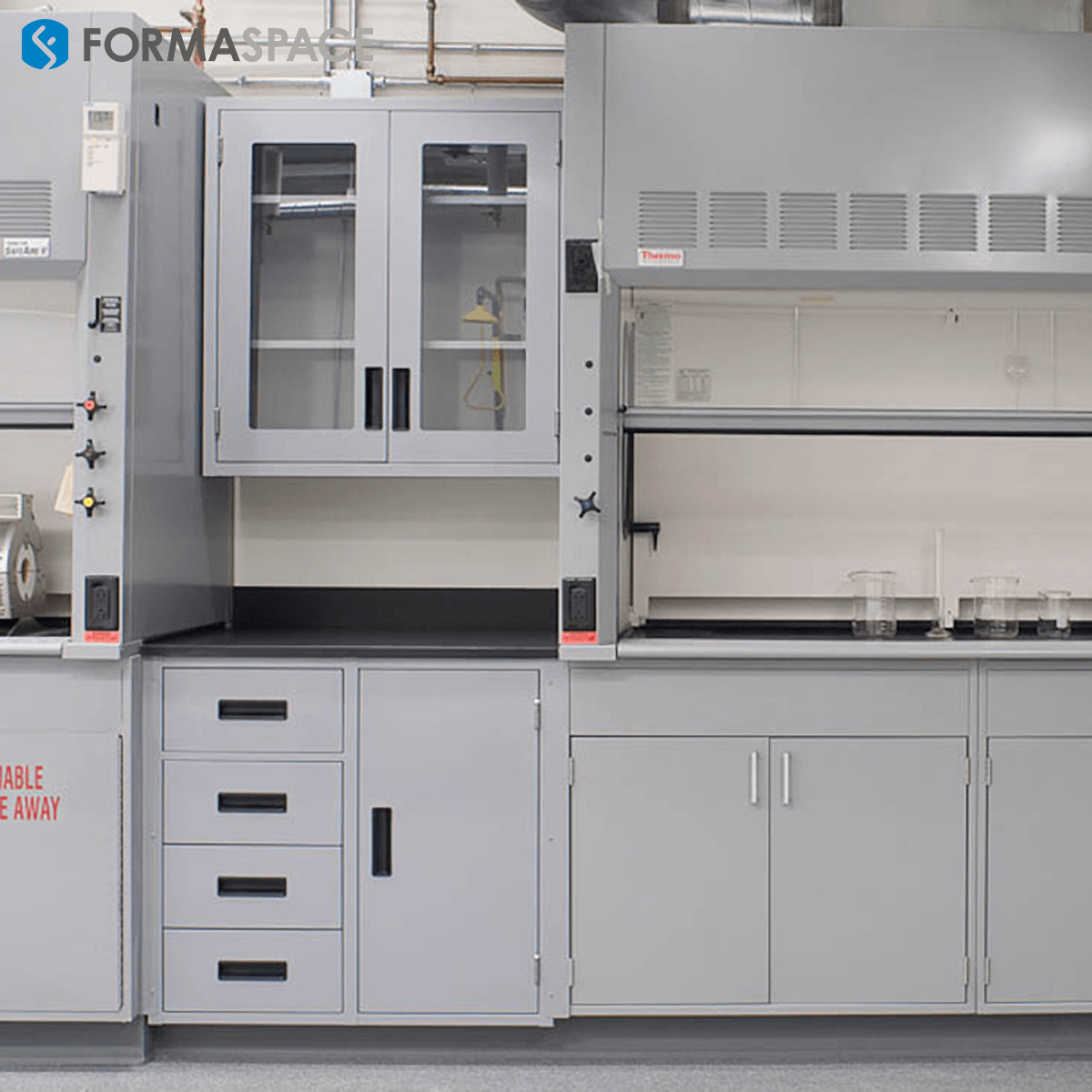 Cryogenics Custom Lab Benches with Lockable Cabinets for Each Student