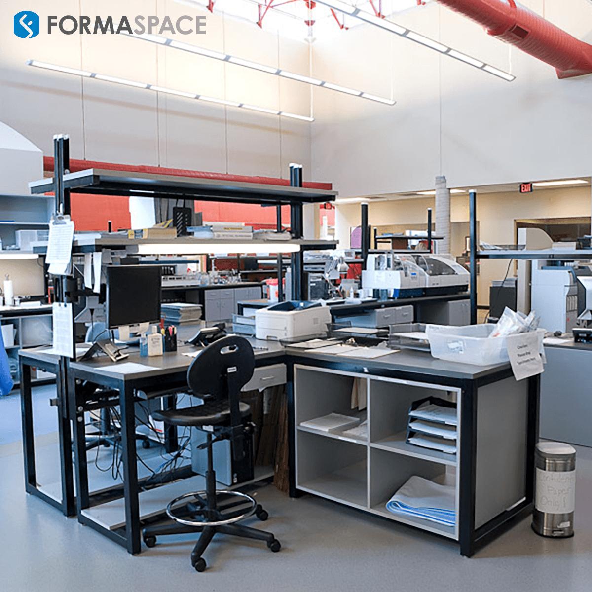 Fully Customized Diagnostics Wet Laboratory Furniture