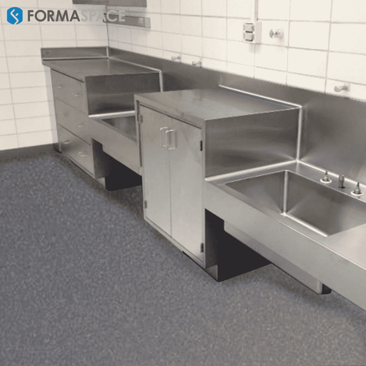 stainless steel countertop wet lab