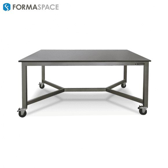 Y spreader phenolic top mobile table