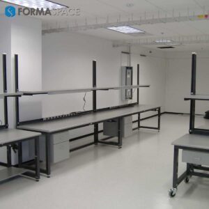 Large ESD Workbenches with Upper Shelf