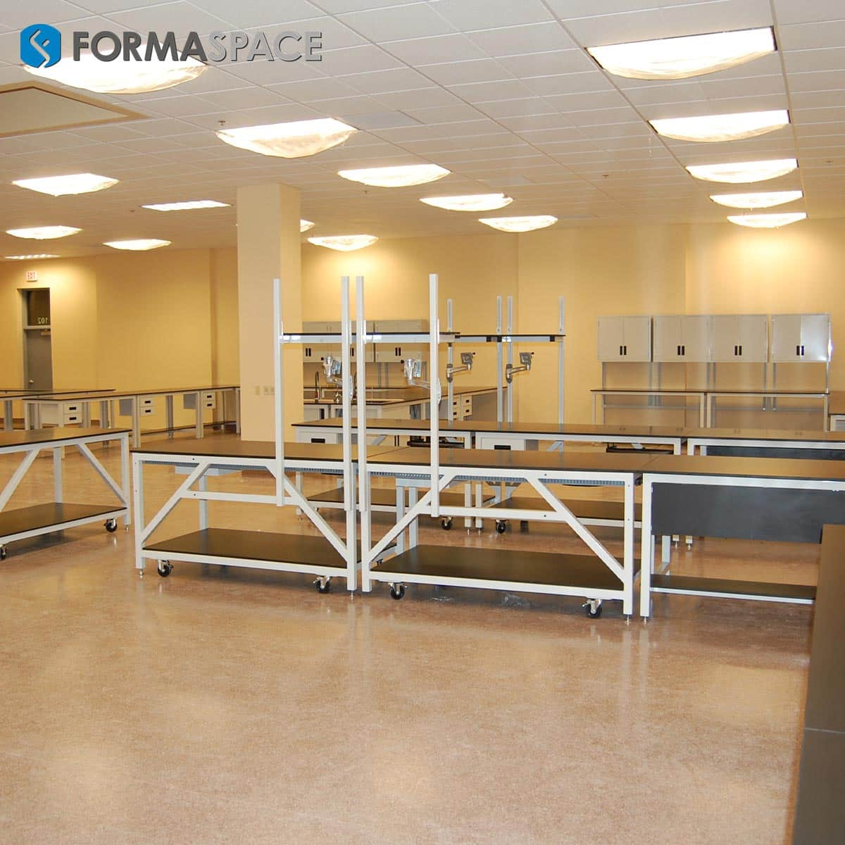 Modular Phenolic Workbenches with Upper Cabinetry
